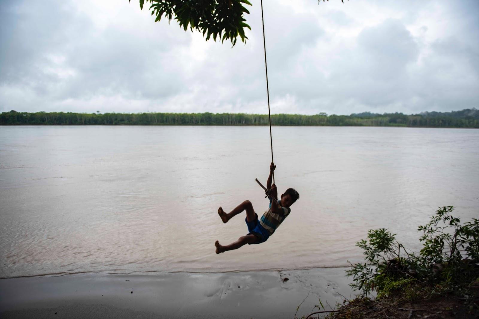 El Edén se extingue por la codicia petrolera en la Amazonía ecuatoriana